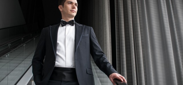 How to date like James Bond