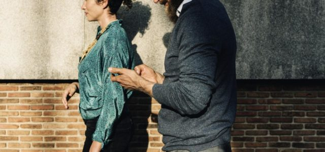Signs Your Date Doesn't Want A Relationship