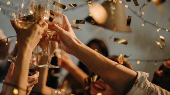 How To Enjoy New Year's Eve Parties When You Are Single